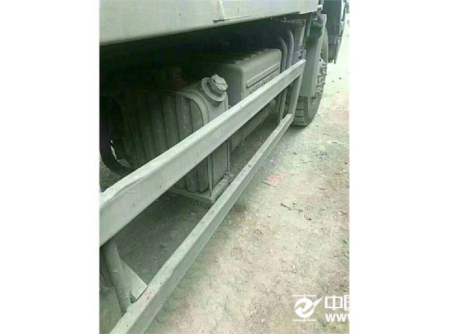中国重汽 豪沃 340吗力自卸车