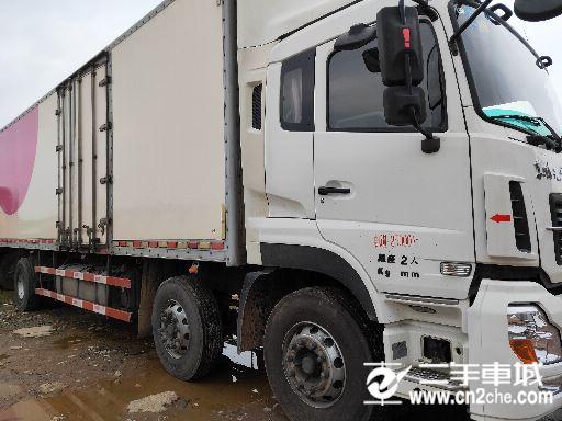 東風 天龍 270前四后四箱式車