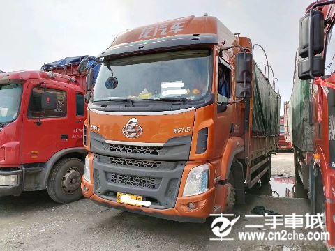 东风柳汽 乘龙 H5 220马力 4X2 6.8米仓栅式载货车(高顶双卧)(LZ5182CCYM3AB)