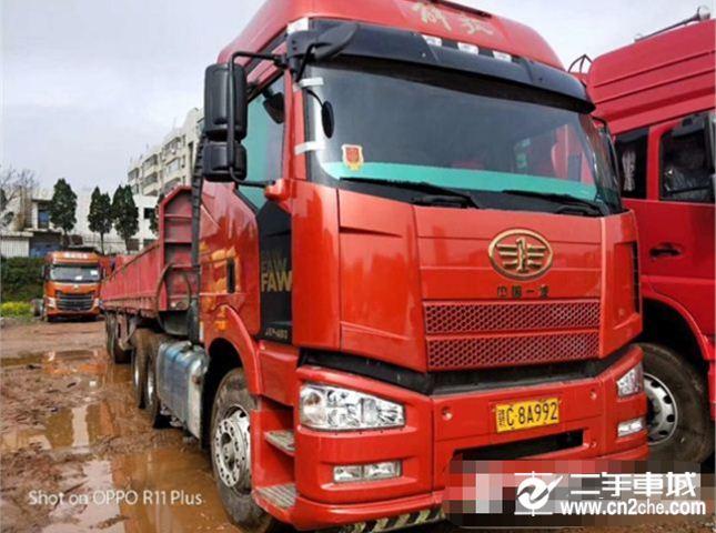 一汽解放 J6P 460动力6X4牵引车