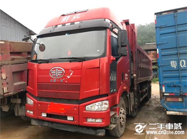 一汽解放 J6P 420動力8X4自卸車