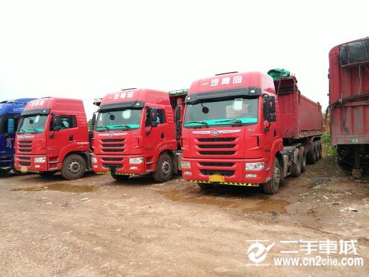 青岛解放 天V 重卡 430马力 6X4 牵引车(CA4259P2K2T1EA80)