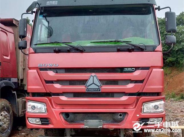 中国重汽 豪沃 380马力前四后八自卸车