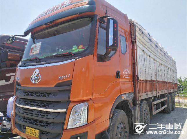 东风柳汽 乘龙 载货车 H7重卡 350马力 8X4 9.6米栏板