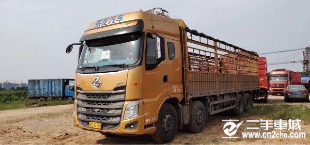 東風柳汽 乘龍 350動力8X4載貨車