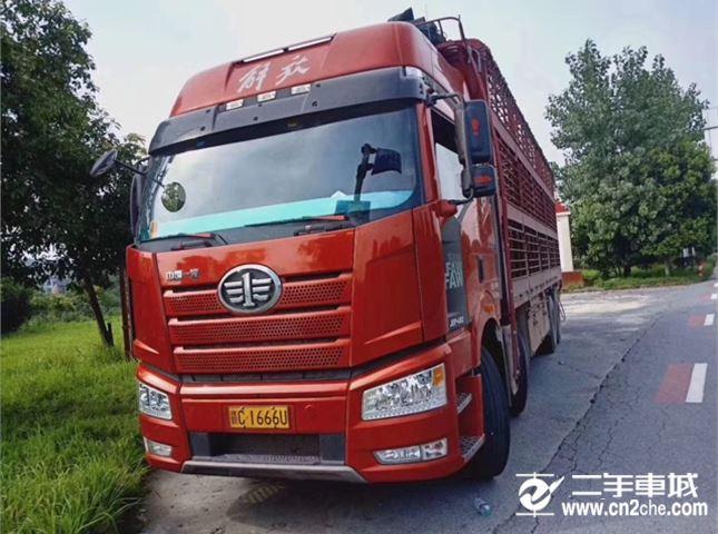 一汽解放 J6P 460动力8X4载货车