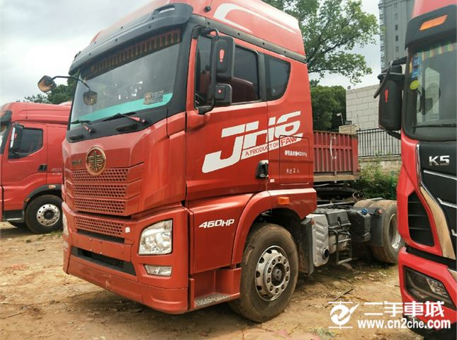 青島解放 JH6 重卡 460馬力 6X4牽引車(CA4250P25K2T1E4)