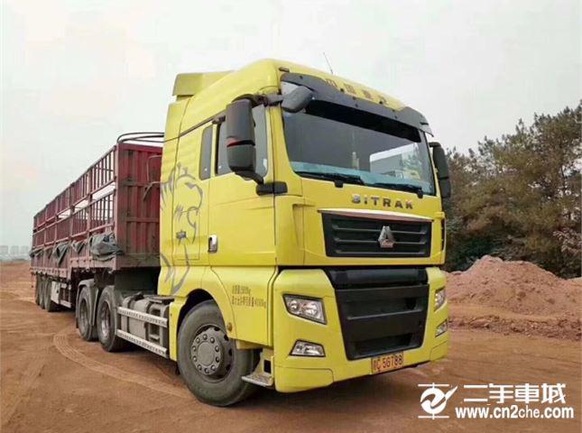 中国重汽 汕德卡 540动力6X4牵引车