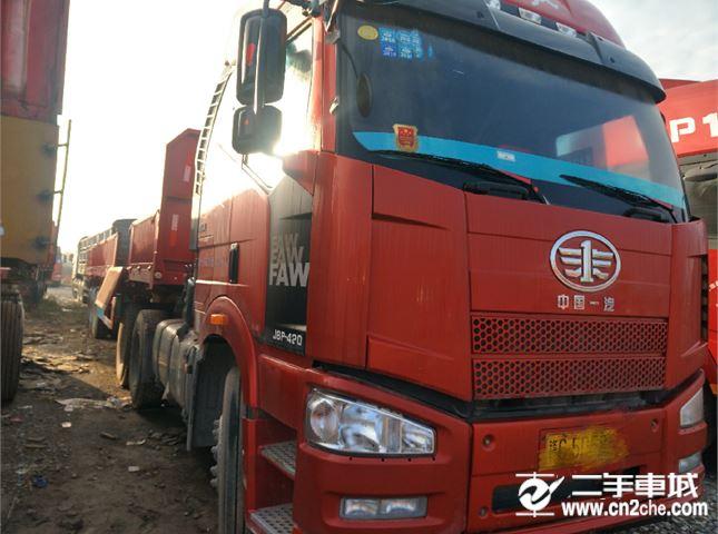 一汽解放 J6P 重卡 420馬力 6X4牽引車