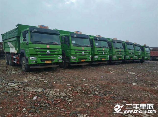 中国重汽 豪沃  A7 HOWO A7系重卡 380马力 6X4 自卸车...