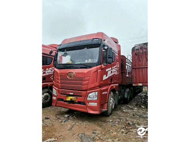 东风柳汽 乘龙H7 350九米六货车