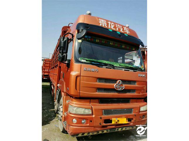 东风柳汽 乘龙M5 M5重卡350高栏货车