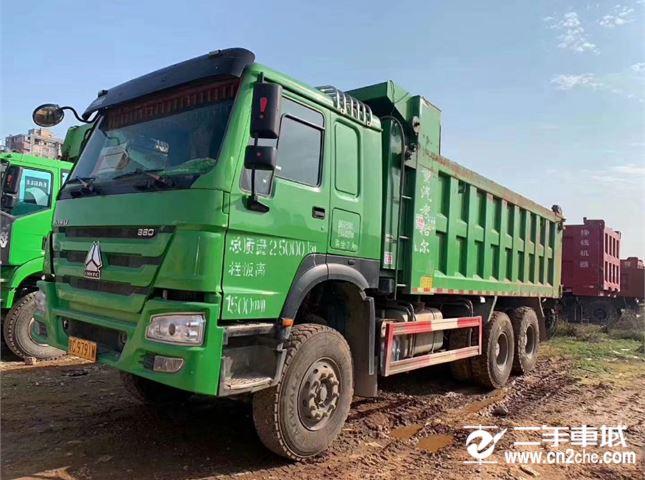 中國重汽 豪沃  A7 自卸車