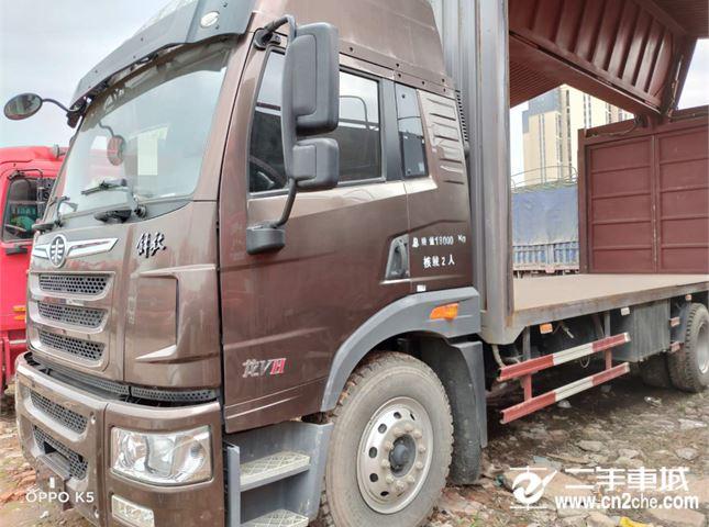 青岛解放 龙V 载货车 青岛解放 龙V中卡 180马力 4X2 仓栅载货车(CA5167CCYPK2L2E4A80-1)