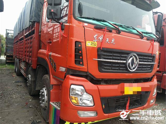 东风 天龙 天龙310九米六高栏货车