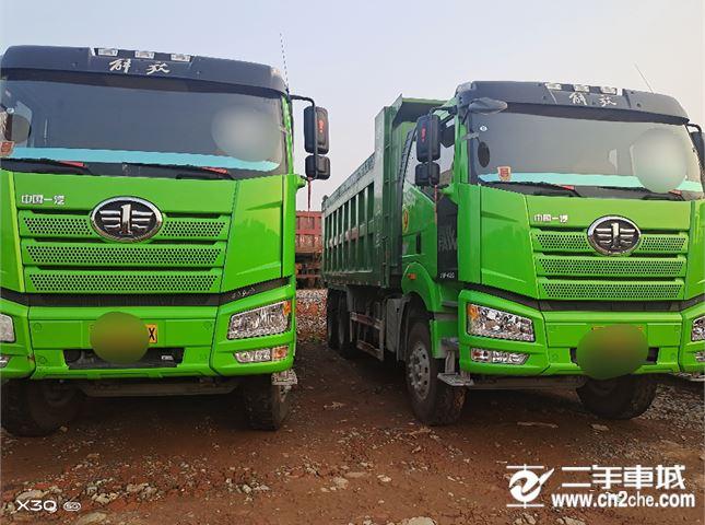 一汽解放 J6P 重卡420马力6X4自卸车底盘6.4米