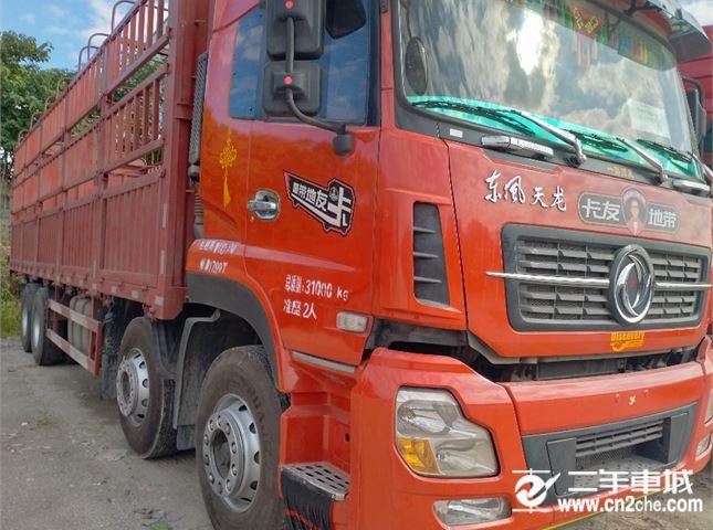 东风 天龙 重卡 350马力 6X2   (高顶双卧D901)