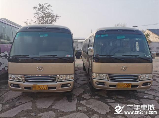 江鈴 寶典 17年國五26座非營運江鈴客車