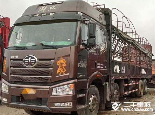 一汽解放 J6P 350馬力高欄載貨車