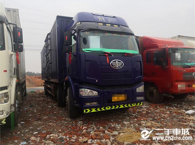 一汽解放 J6P 一汽解放J6P前四后四厢式载货车
