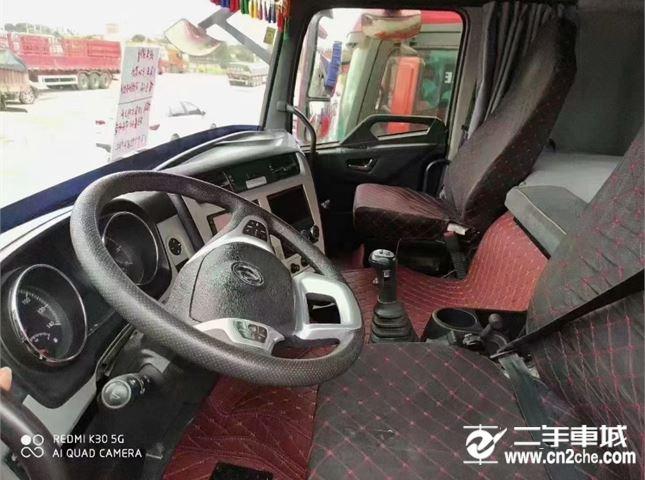 東風 天龍 旗艦重卡 520馬力 6X4牽引車