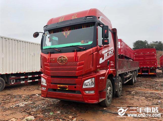 青島解放 JH6 375動力8X4載貨車