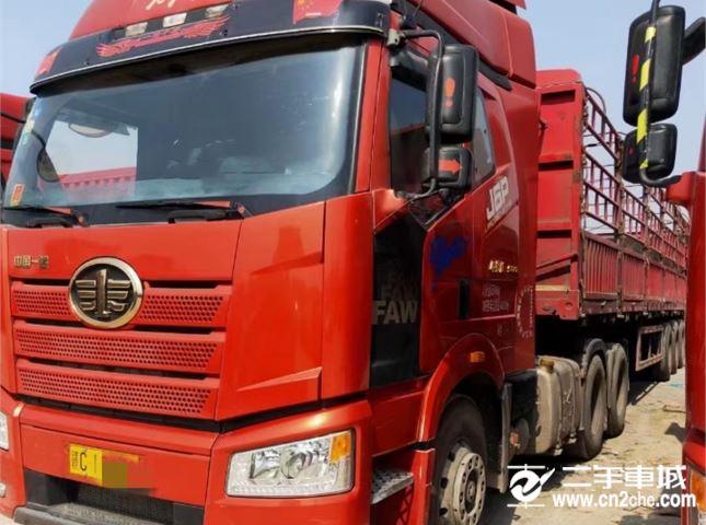一汽解放 J6P J6P重卡 500马力 6X4牵引车