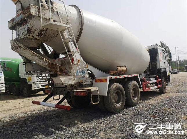 中国重汽 重汽专用车 大14方混凝土搅拌车