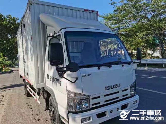 五十鈴 F系列   4.3米寬體載貨車