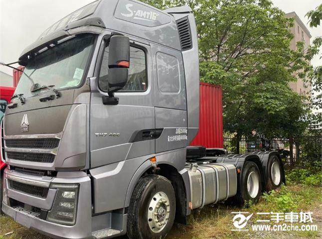 中国重汽 豪沃T7H 480马力牵引车