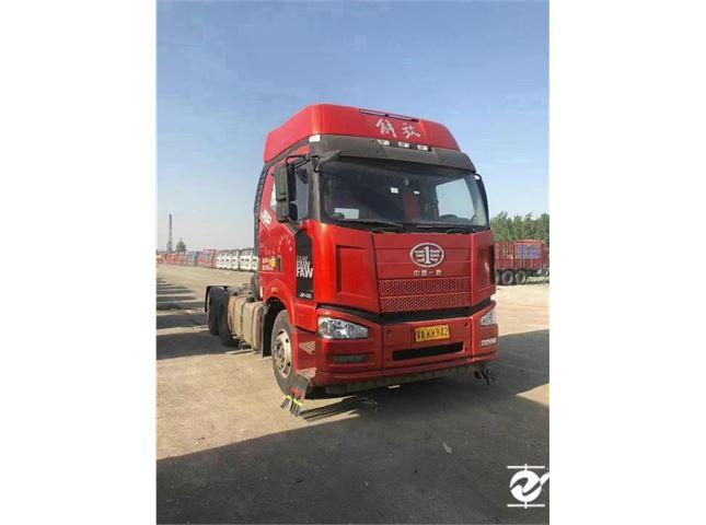 一汽解放 J6P 重卡 寒区版 420马力 6X4牵引车(CA4250P66K24T1E5)