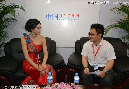 超模艾尚真做客中国汽车消费网 a href='http://news.cn2che.com/html/tulist_417_1.html' _fcksavedurl='http://news.cn2che.com/html/tulist_417_1.html' target='_blank'  /a 间