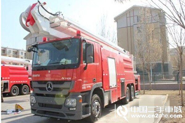 32米举高喷射消防车