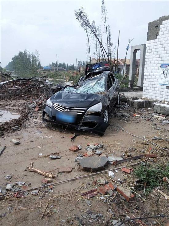 龙卷风冰雹灾害不用怕 京腾租车让您年年开新车!