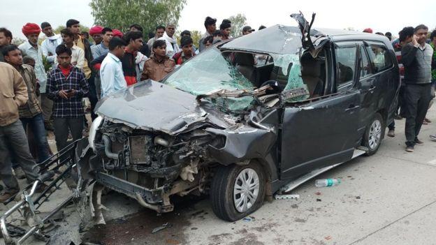 印度总理莫迪妻子遭遇车祸