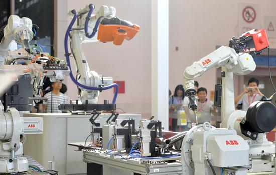 """""""工业重镇""""武汉正在努力打造世界级产业集群"""