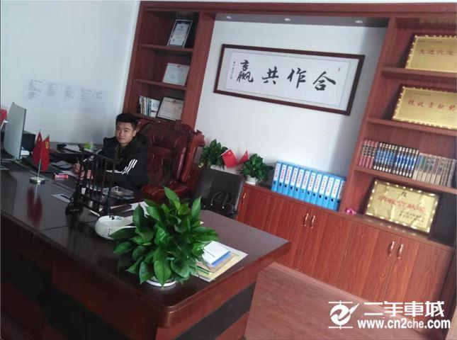 访高安泓泉物流总经理刘杰