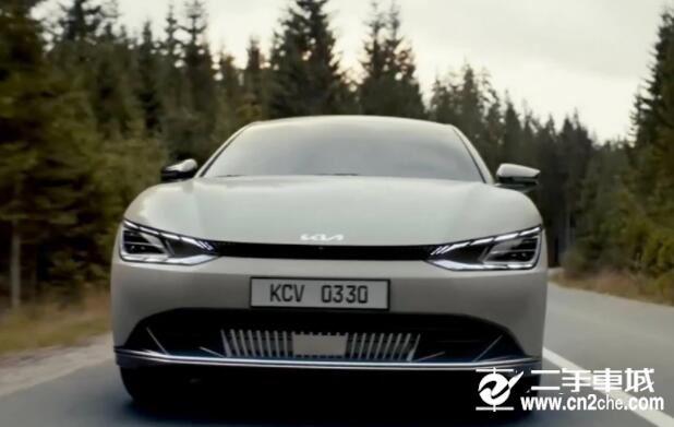 起亚全新纯电动SUV,20分钟内充满,对标大众ID.4