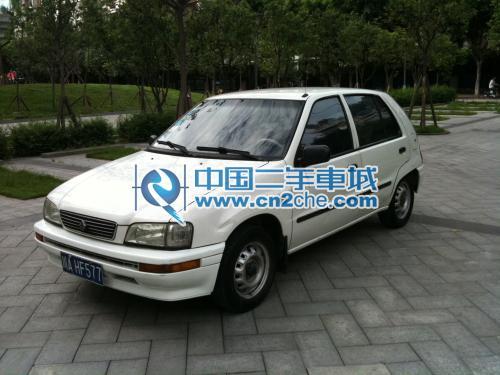 四川成都2002款夏利N3 1.0 L三厢 国四标准,加装助力 二手车 中国二高清图片