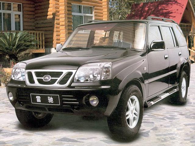 北汽 雷驰 2004款 雷驰四驱标准型(短轴距)