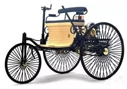 汽车发展—世界上第一台汽车