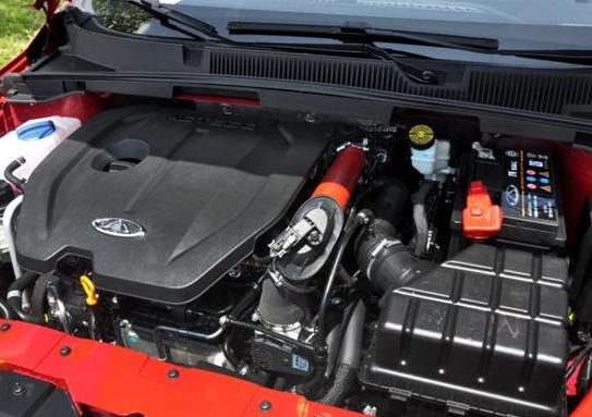 奇瑞艾瑞泽5的1.5T实车遭曝光 即将年底上市
