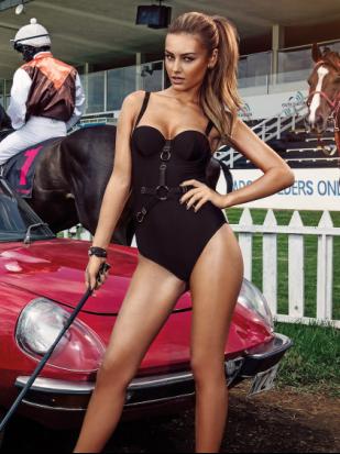 欧美美女车模运动活力 健康生活在于运动