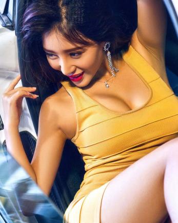 性感美女分享 慵懒美女车模各种撩人姿势