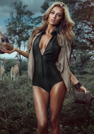 非洲野性美女车模 黑皮肤的欧美美女车模