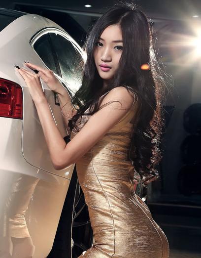日韩美女车模分享 和大家想象的一样吗?