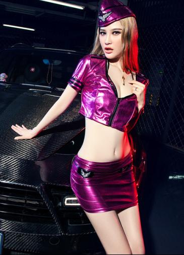 制服美女车模 狂野性感开发的美女大家都喜欢