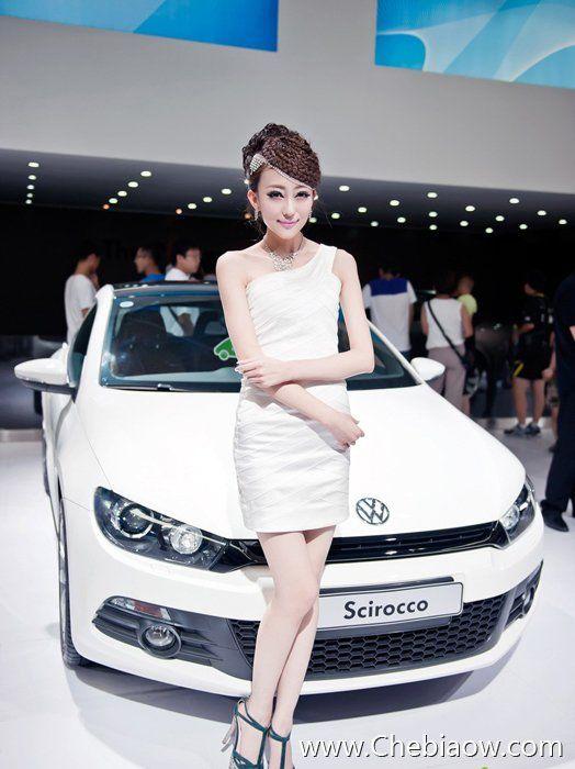 微笑美女天使 美女车模要气质的才最漂亮