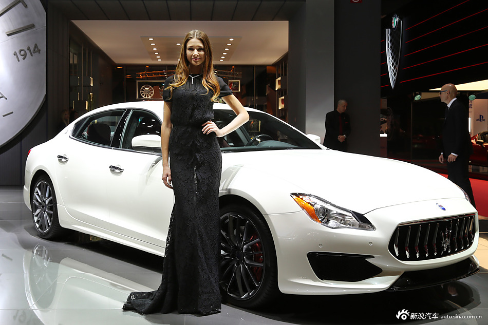 欧美美女车模风姿独特 不一样的异域风情