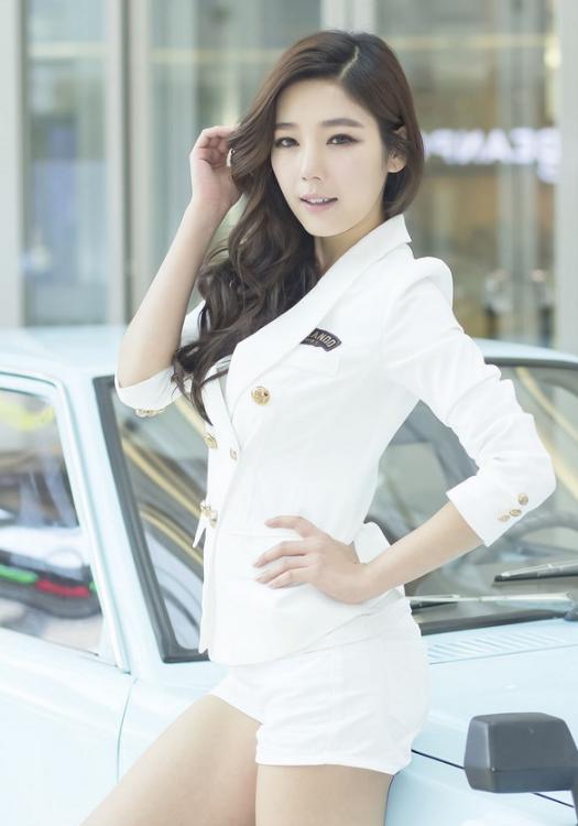 韩国车模赵相嘻长腿制服气质车模